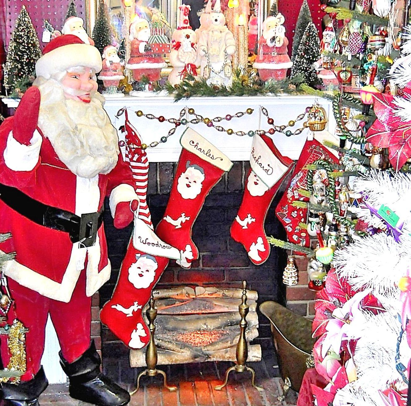 Nostalgic Christmas Decorations: CHRISTMAS NOSTALGIA Vintage Christmas Antique Ornaments