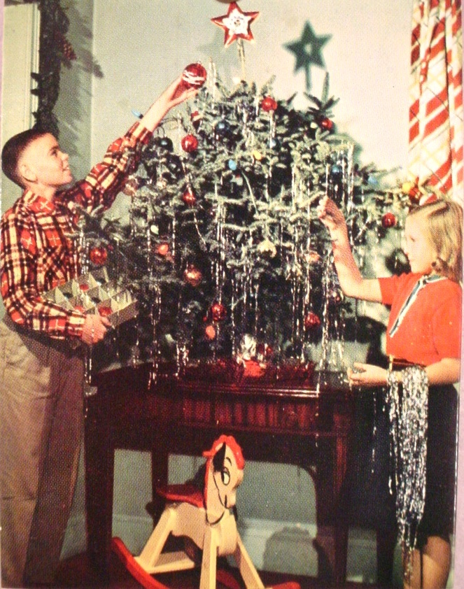re live the christmas wonderment of your childhood - 1940s Christmas Decorations
